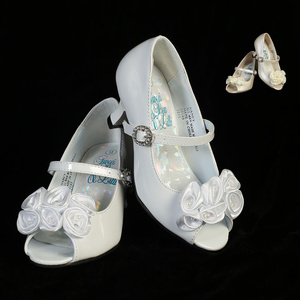 "Girl's shoes with 1 1/2"" heel & satin flowers with pearl accents"